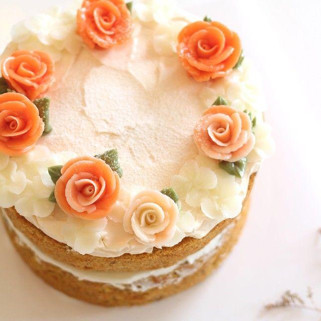 Petite rose ✨ #flowercake #flowercakeclass #mydearcake #mydear #korea #wilton #wiltoncake #birthdaycake #bakingclass #buttercream #baking #cake #flower #수원 #광교 #영통 #분당 #수지 #동탄 #플라워케이크 #마이디어 #마이디어케이크 #플라워케이크클래스 #베이킹클래스 #cakeicing