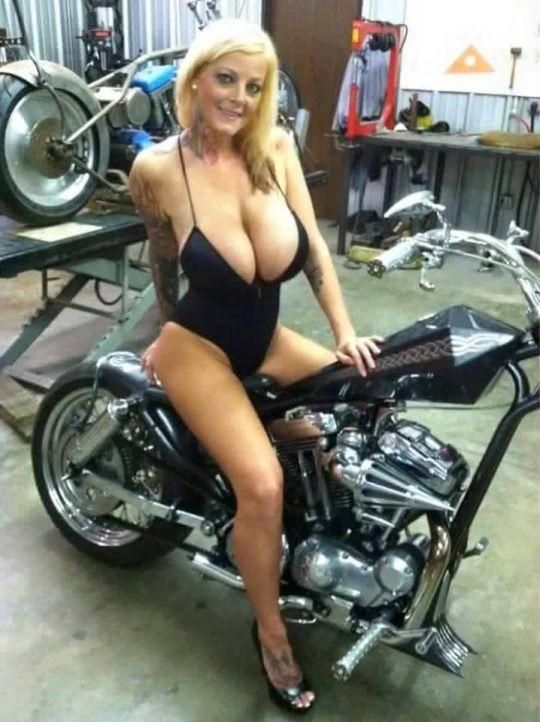 ADULTS ONLY BIKER RALLY - - Sturgiscom 2018 -
