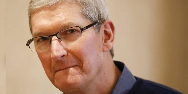 """Tim Cook dice que Apple está trabajando en un """"gran proyecto"""" en torno a los sistemas autónomos"""