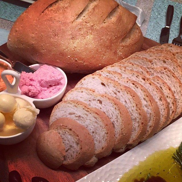 Freshly baked artisan multigrain bread!!!! #artisanbread #fresh #GreekBakery #Toronto #bakery