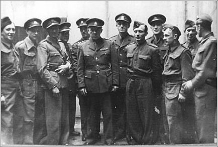 Staff Sergeants Jan Kubis and Josef Gabcik in London in December 1941 before their flight on Operation ANTHROPOID This Day in History: Operation Anthropoid http://dingeengoete.blogspot.com/
