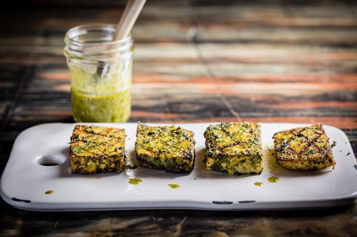 On vous met au défi d'essayer notre tofu grillé! #mangeraveclesyeux #bouffe #bbq #tofu #sante #foodporn #healthy #food #summer #oser http://ow.ly/qYoM3019ksl
