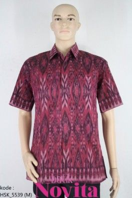 <p>Bahan katun tenun asli<br />Motif ketupat abstrak</p><p>tenun tradisional handmade</p><p>Size : M<br />Lingkar dada: 112 cm<br />Panjang baju : 80 cm<br />Panjang lengan : 26 cm</p>