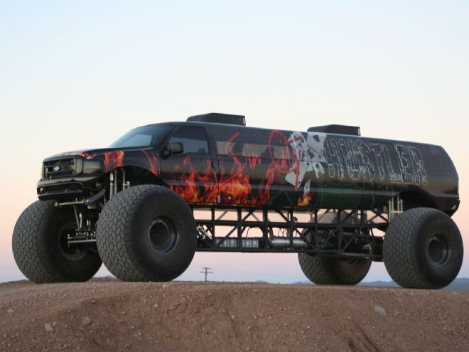 Sin City Hustler Combines Excursion Limo, Monster Truck