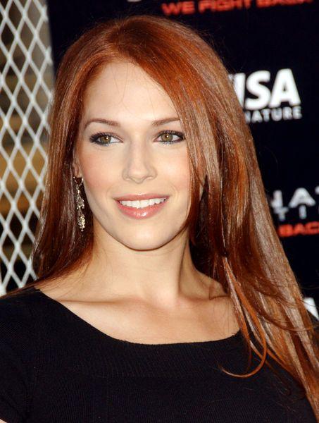Amanda Righetti. Love her hair colour!