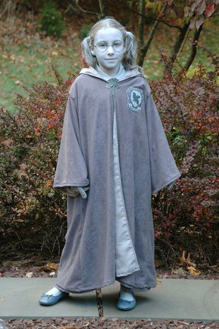 Harry Potter Maulende Myrte Kostüm selber machen | Kostüm-Idee zu Karneval, Halloween & Fasching