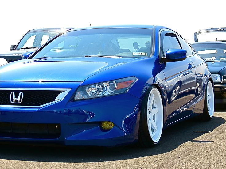 Stanced out Accord Coupe