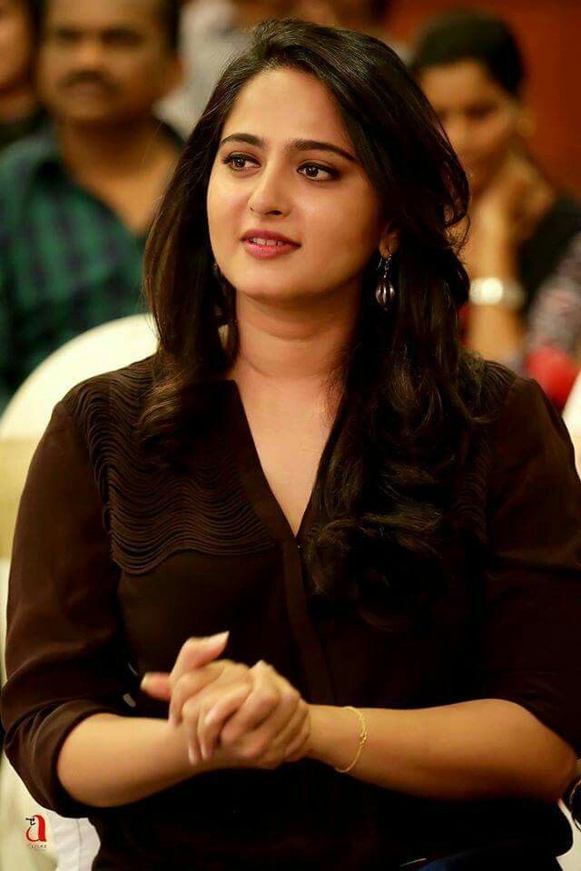 Anushka Shetty, Anushka Shetty Stills, Anushka Shetty Hot, Latest Anushka Shetty, Anushka Shetty Sexy Stills, Hot Anushka Shetty, Tollywood Gallery