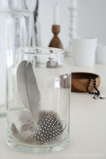 herz-allerliebst.de - Feathers in a jar - delicate and pretty
