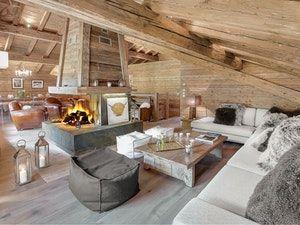 Départ et retour skis aux pieds ! L'appartement Capieu Le Barn près de La Clusaz accueille 12 personnes et propose un Jacuzzi extérieur. Réservez aujourd'hui !
