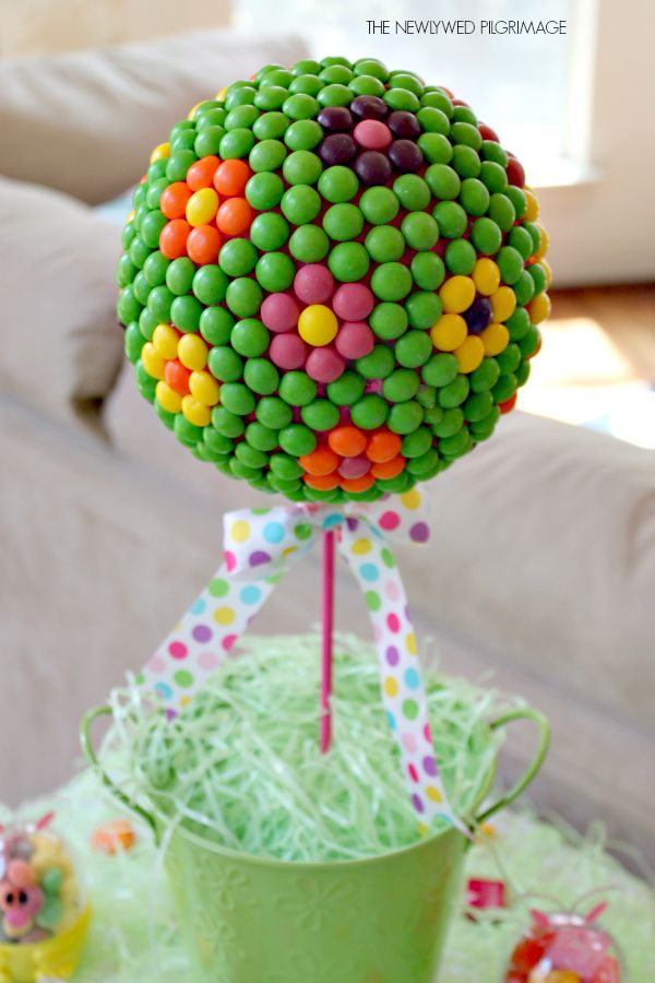 Easter Centerpiece Tutorial: Candy Topiary #skittles