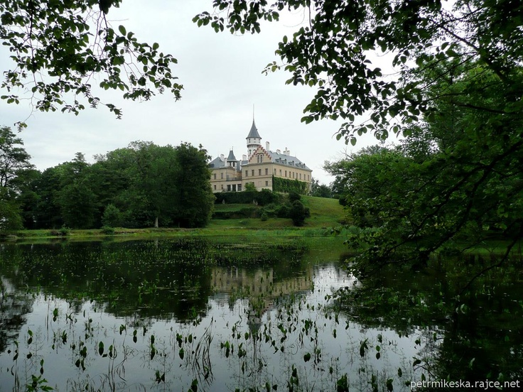Raduňský zámek
