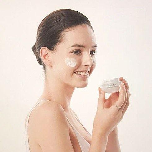 Gorgeous @stephvella for Korean skincare Purience #purience #avamodels #avamodelmanagement #inernationalmodel