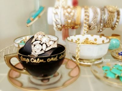 Jewels in tea cups - cute idea for a vanity to house costume/fun jewelry
