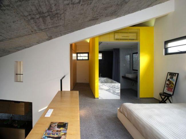 badezimmer-ideen eklektisches design gelbe wände marmor badewanne