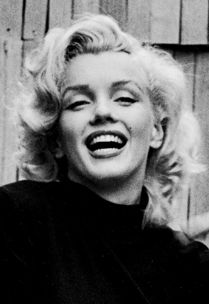 marilyn monroe photo by alfred eisenstaedt may 1953 vintage pinterest. Black Bedroom Furniture Sets. Home Design Ideas