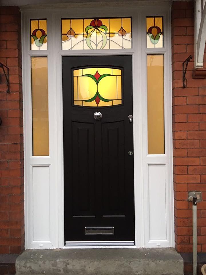A striking black Newark with Jubilee glass  to work with the stained glass fan light. #rockdoor #homedecor