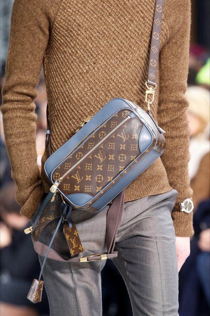 Sfilata Moda Uomo Louis Vuitton Parigi – Autunno Inverno 2015-16 – Vogue