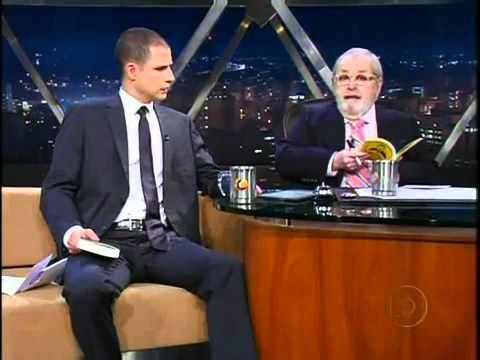 Jô Soares entrevista Ricardo Pereira, que para além de comer pudins à velocidade da luz, é um humorista português é extremamente inteligente.  Para termos produtividade, temos de ter bons tempos de lazer, por isso eu fiz …
