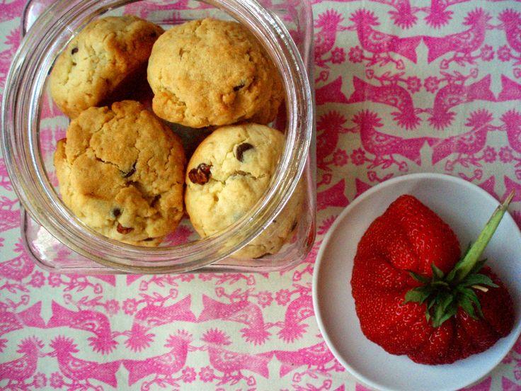 sama złodycz: Najłatwiejsze ciasteczka z czekoladą i orzechami