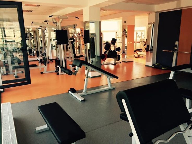 Fitness. Fitness Craiova. Sala fitness Craiova http://onefitnesscraiova.com/sport/fitness