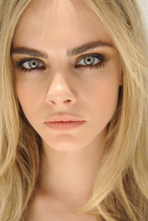 pictures of thick eyebrows | thick eyebrow trend fall 2013