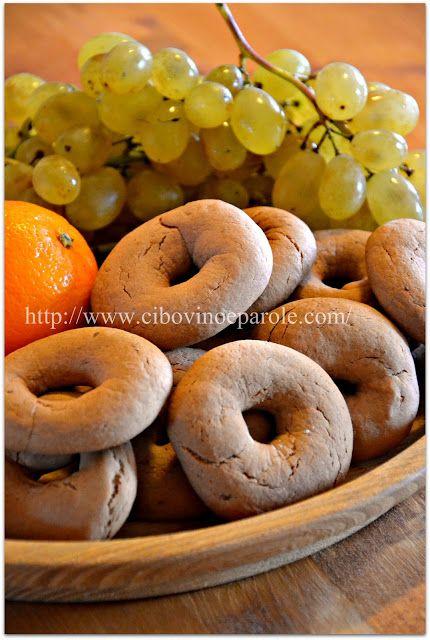 CIBO,VINO E PAROLE: biscotti100 ml mosto d' uva cotto questo  100 ml succo d' arancia 100 ml olio d' oliva 1 cucchiaino aceto bianco 1 cucchiaino cognac 350-400 farina 00 100 gr zucchero 2 cucchiai cacao 5 gr ammoniaca per dolci 1 /4  di cucchiaino di sale 1 buccia d' arancia grattugiata 1 cucchiaino tra chiodi di garofano e cannella   Read more: http://www.cibovinoeparole.org/search/label/biscotti#ixzz3QbCH4oPs