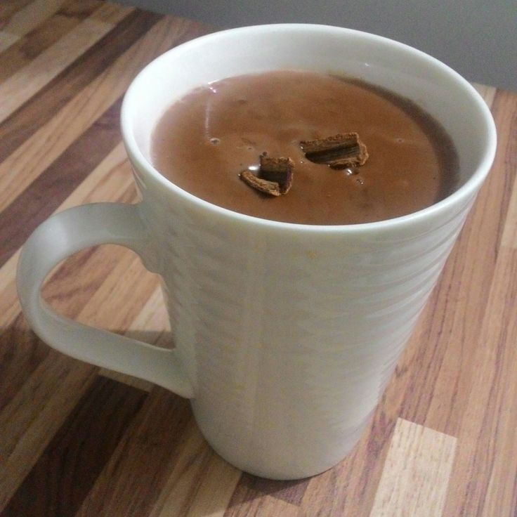 Chocolate quente cremoso e simples