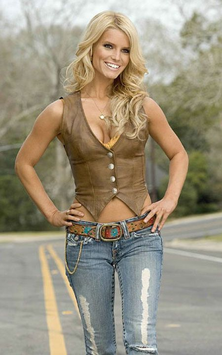 Jessica Simpson as Daisy Duke... I would love to feel comfortable enough to wear this to a concert or something