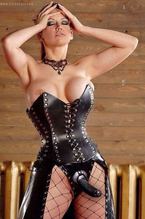Busty goddess in latex mesmerizes you with bbc 7