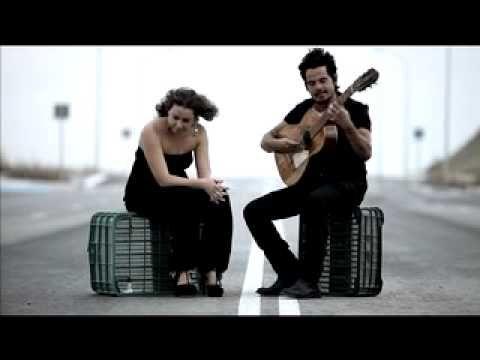 Rojas y Niña Pastori - Llorándole debajo del agua
