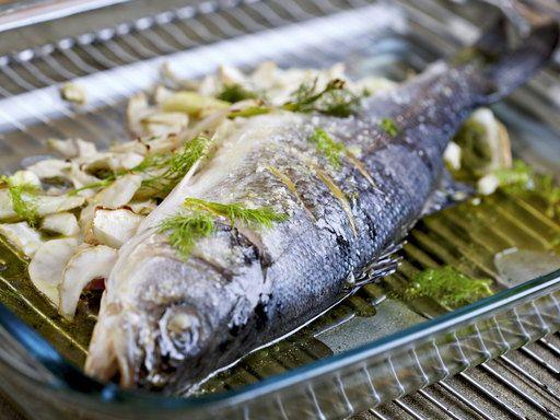 Bar pastis -- http://www.marmiton.org/recettes/recette_bars-grilles-au-pastis-et-fenouil_29771.aspx  http://lacuisinedannie.20minutes.fr/recette-loup-au-fenouil-et-au-pastis-708.html ---http://chefsimon.com/bar-grille-fenouil-pastis.html