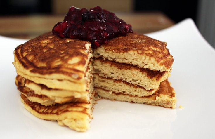 Stuff I Make My Husband: Fluffy buttermilk pancakes (low-carb, gluten-free)