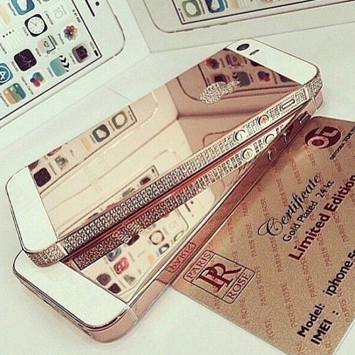 Gold iPhone Covers                                                                                                             .:JuSt*!N*cAsE:.