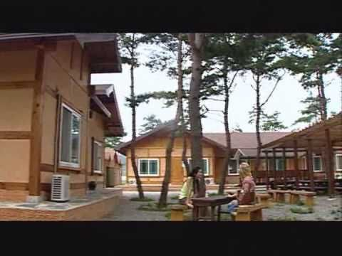 [English Version] Sokcho Inspiring - Visual Tour of Sokcho, Korea * Enjoy a beautiful video that provides a first hand glance of the inspiring and amazing things that Sokcho has to offer. This short video will take you on a visual tour Sokcho, introducing the many different aspects of Sokcho. * For more information about things to do in Sokcho, visit: ▶ http://www.sokchotour.com