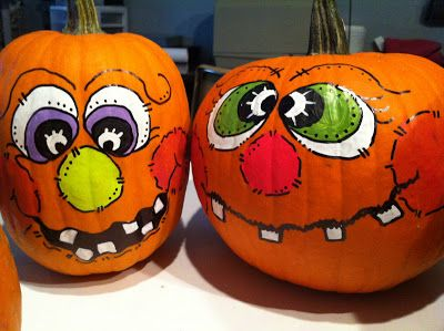 How to paint great pumpkin faces.