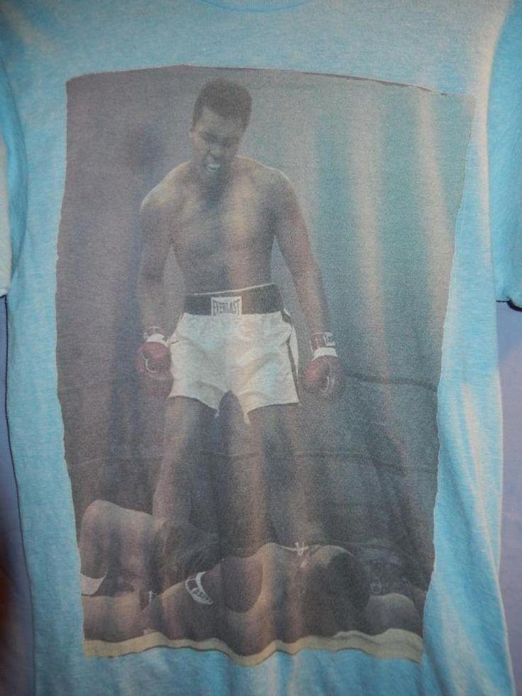 Men's Muhammad Ali Boxing Retro T-shirt Frazier Thrilla in Manila Small blue #Ali #GraphicTee
