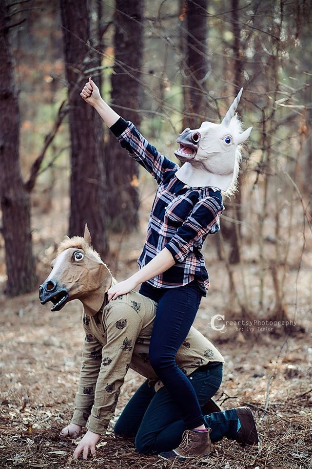 When you get a look at some of these awkward and hilarious engagement photos, suddenly staying single forever doesn't sound so bad!