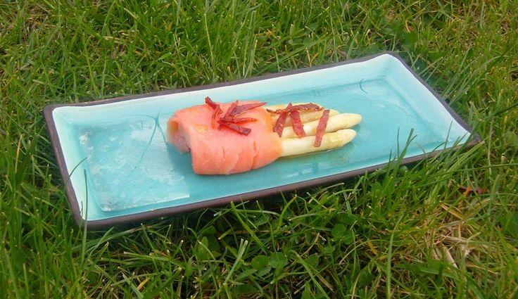 Asperges Blanches Saumon Fumé Chips de Chorizo en Sauce d'Agrumes - Art de Vivre Smoked Salmon White Aspargus with chorizo chips
