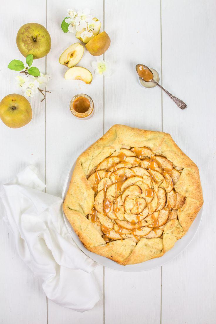 tarte rustique aux pommes avec caramel beurre salé