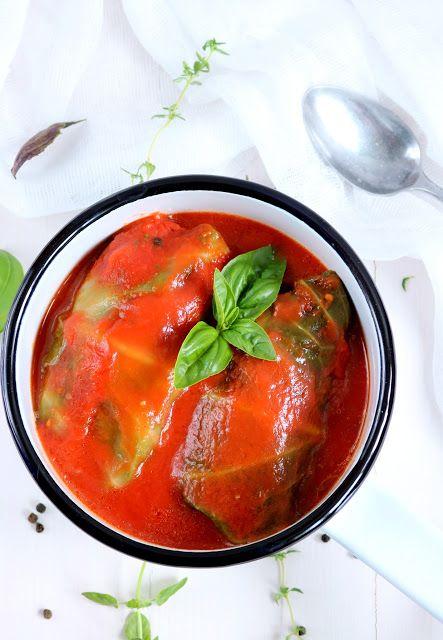 Qchnia Osobista : Gołąbki z mięsem  i kaszą jaglaną w sosie pomidoro...
