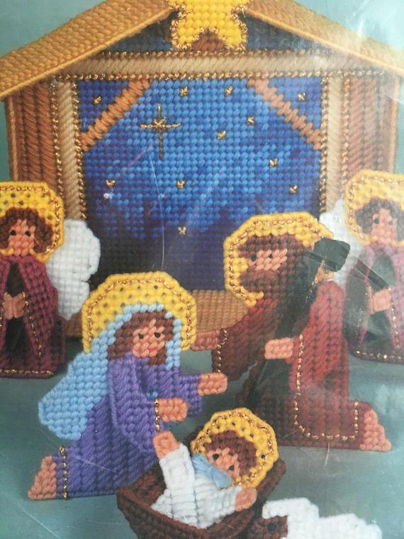 Christmas Plastic Canvas Kit Manger Scene Nativity Bucilla