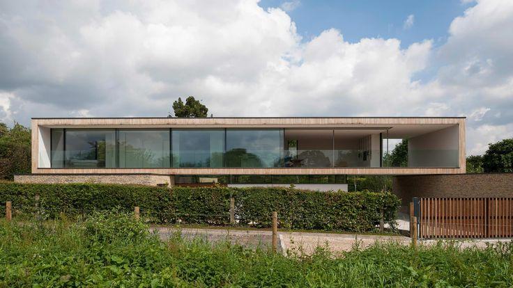 Hurst House, Bourne End, UK   Strom Architects