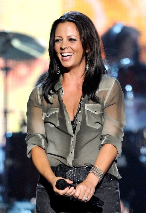 Sara Evans, MY UNCLE AND DADDY KNOWS HER!!!!!!!!