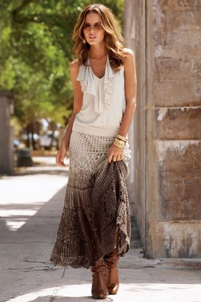 Saia cigana em duas versões | Crochet skirt pattern, Crochet skirts, Fashion