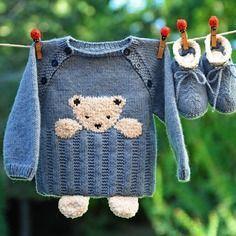 Babyausstattung 3 Monate Teddybär und Hausschuhe blau und beige neu gestrickt …, #Babyauss…