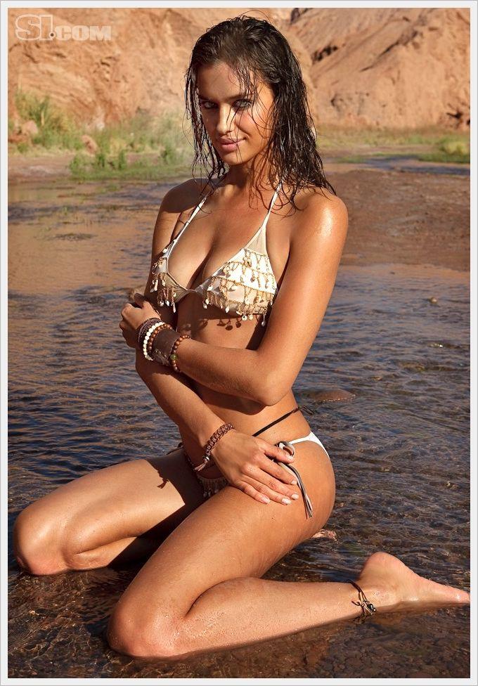 Irina Shayk SI 2010