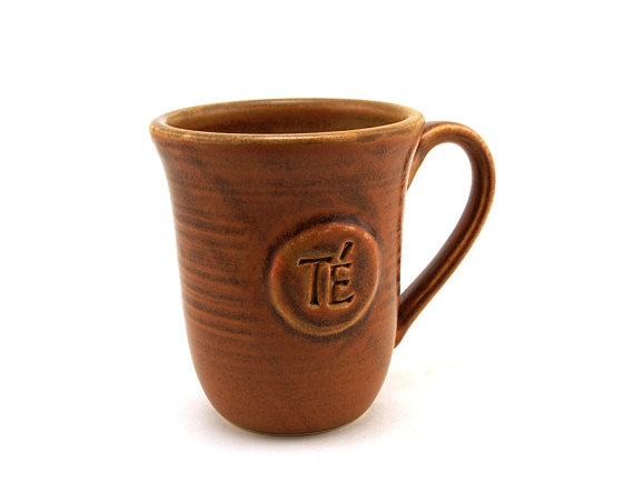 Great gift for the Tea Lover in your life!  Brown Ceramic Tea Mug Té in Spanish by MiriHardyPottery, $25.00