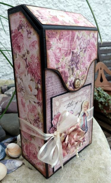 My Crafty Madness: Tales of Me & You Tag Box