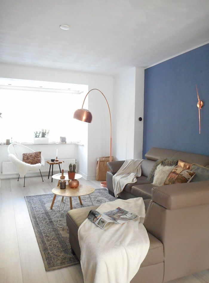 'Minimal' can often mean 'sparse' in design, but a few strategically-bold items in a pared-down home can make your space feel full of style. ICU nurse Rick and administrative worker Maartje aren't strangers to that strategy. Their Helmond-city house in Holland proves that brilliant wallpaper and paint are all you really need to craft an impactful abode. For a month and a half after moving in, Rick and Maartje went about painting walls and getting the space in working order. Neither are…